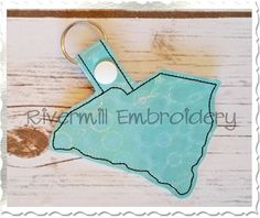 $2.95South Carolina In The Hoop Snap Tab Key Fob Machine Embroidery Design