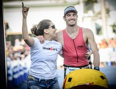 Iron wives (ou iron husbands): quando o troféu é uma vida a dois feliz  http://www.mundotri.com.br/2013/06/iron-wives-ou-iron-husbands-quando-o-trofeu-e-uma-vida-a-dois-feliz/