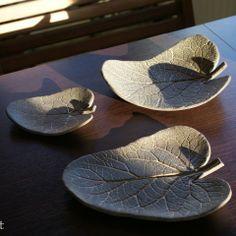 Komplet liści ceramicznych