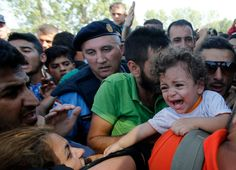 The main refugee land route from Greece to northern Europe is now cut off. Origen: Croatia Closes Its Border Crossings With Serbia as Thousands of Refugees Enter theCountry Incomprensible después ...