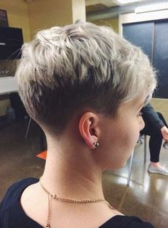 Schöne Stilvolle Pixie Haircut-Art 2015