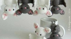 Perfect for Halloween favors or just for decorating, this bat amigurumi pattern is really quick and fun to make. Amigurumi Bat by elbuhocosturero is a great crochet pattern to use up random scraps of yarn. Bats are lovely creatures, so they're fun all year round. Make loads of them to hang them like batty bunting. …