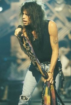 Steven Tyler vocalist of Aerosmith Mia Tyler, Rock Roll, Rock And Roll Bands, Aerosmith Concert, Fred Instagram, Elvis Presley, Steven Tyler Aerosmith, Classic Rock, Gig Poster