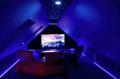 A small, but atmospheric home cinema by award-winning ET Home Cinema
