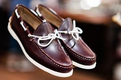 American heritage footwear brand Bass collaborates with Mark McNairy for a unique special edition collection. The capsule The features the classic Weejuns Boat Shoes, Men's Shoes, Its A Mans World, Dapper Gentleman, Fashion Updates, Shoe Brands, Loafers, Style Inspiration, Mens Fashion