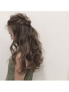 easy diy hairstyles for formal events Winter Hairstyles, Elegant Hairstyles, Bride Hairstyles, Pretty Hairstyles, Teenage Hairstyles, Elegance Hair, Hair Colour Design, Hair Arrange, Hair Setting