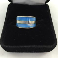 Beautiful blue silver 925 ring Size 5.5 blue pearlescent and 925 silver ring. Marked 925 and Thialand Jewelry Rings