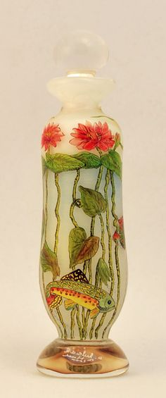 FISH IN THE SEA, LOVE THE COLORS...FROM: Silver Quill Antiques and Gifts - Lukian Glass Studio