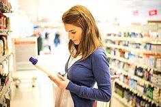 Maquillage naturel: une étude confirme une forte baisse des produits toxiques dans le corps des femmes