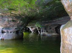 Jaskinia, Skały, Jezioro