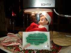 Scentsy Make A Scene Warmer with Elf on the shelf