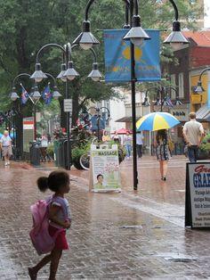 Kids on the Mall - photo by Carol Greene