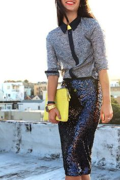 Sequins all day, every day! Love this sequin skirt and turtleneck look!