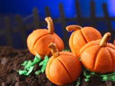 Peanut Butter Pumpkins #Halloween