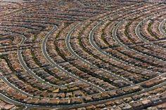 YannArthusBertrand2.org - Fond d écran gratuit à télécharger || Download free wallpaper - Henderson, banlieue sud de Las Vegas, Nevada, État...
