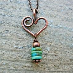 Sm Wire Heart- Turquoise and Antiqued Copper Bear Hug Necklace. Copper Jewelry, Wire Jewelry, Jewelry Crafts, Jewelry Art, Beaded Jewelry, Jewelry Design, Copper Necklace, Gold Jewellery, Jewelry Ideas