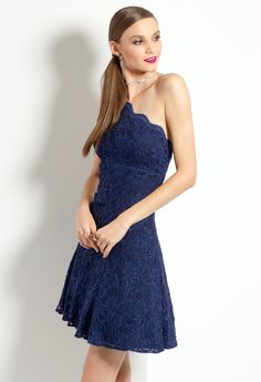 One-Shoulder Lace Dr