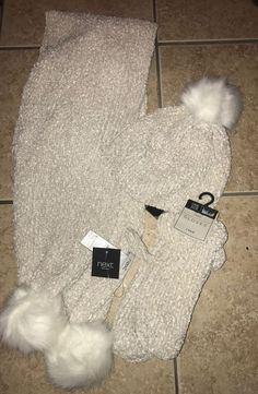 373eb8808d8a beautiful NEXT imported knit cream womens hat scarf gloves set with fur  accents  fashion