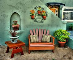 I love this hacienda look, and also the green tinted stucco.