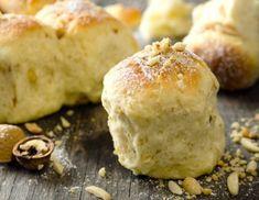 Flaumige Nussbuchteln Rezept Kefir, Scones, Hummus, Biscuits, Low Carb, Bread, Baking, Cake, Sweet Stuff