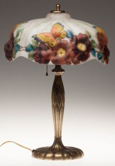 438: PAIRPOINT PUFFY-SHADE TABLE LAMP C. 1915  : Lot 438