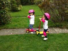 @twinmumanddad and double the joy on their lollipop Mini Micro scooters.  Sweet as candy