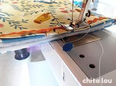 trucos para coser piezas gruesas Sewing Tools, Sewing Hacks, Sewing Crafts, Sewing Projects, Craft Tutorials, Sewing Tutorials, Sewing Patterns, Make Your Own Clothes, Janome