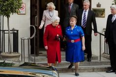 Tuesday 4th March. England's Queen Elizabeth was released from hospital today after a bout of the stomach flu. But the talk of the conspiracy world was the odd images...Proof positive that er... well not entirely sure what. David Icke is probably struggling with the notion that the old girl is a reptile and a Freemason. It's probably bloody hard to be a lizard from another dimension, a member of NWO, cover up alien landing and attend WI at the same time.