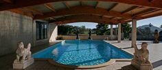 perfect wooden ceiling por pools :D