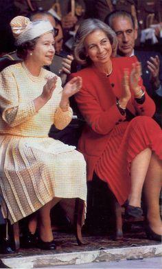 cotilleando: Queen Elizabeth and Queen Sofia