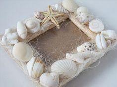 〇 ○ 。My Past Work 。○ 〇沖縄が大好きです。。沖縄の、きれいな海辺で拾った貝殻たち。思い出に、フォトフレームを作りました。ヒトデ以外は全部拾...|ハンドメイド、手作り、手仕事品の通販・販売・購入ならCreema。