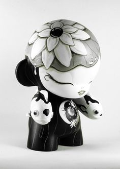 """""""Pisces"""" Super sick custom Munny that won the recently concluded Munnyworld by Bjornik, a fellow Filipino artist :)"""