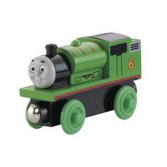 Dit is Percy, hij is altijd blij te kunnen helpen en andere locomotieven maken soms misbruik van zijn goede karakter. Verzamel al je favoriete kleine locomotieven en andere Fisher-Price voertuigen van Thomas en zijn vriendjes.  #speelgoed #toys