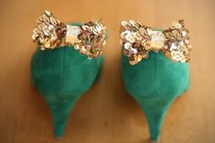 sequined-shoe-clips.jpg (600×400)