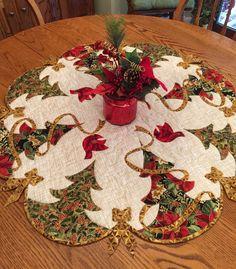 Christmas Tree Skirts Patterns, Christmas Tree Quilt, Christmas Runner, Christmas Placemats, Christmas Applique, Christmas Sewing, Rustic Christmas, Xmas Tree, Homemade Christmas
