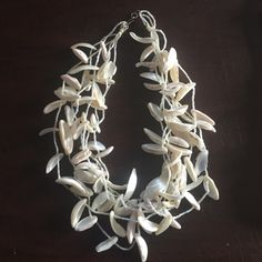 Iridescent Mother Of Pearl Necklace In perfect condition. Jewelry Necklaces