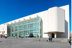 The Barcelona Museum of Contemporary Art, known also by its initials MACBA, is located in the El Raval area and is dedicated to exhibiting works produced during the second half of the twentieth century. Plaça dels Àngels, 1.  #Barcelona #Travel #Tourism