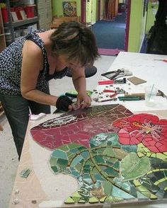 Cool picture series about making a mutual for a coffee shop by Pam Goode setting…Mosaic panel in progress. Pam Goode setting by Institute of Mosaic Art, via…Institute of Mosaic Art Mural Making Intensive April 2008 Susanne Takehara…Very nice Mo Mosaic Artwork, Mosaic Wall Art, Tile Art, Mosaic Glass, Mosaic Tiles, Stained Glass, Glass Art, Tiling, Mosaic Crafts