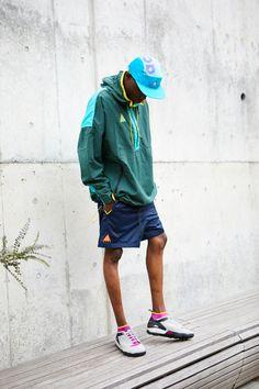 90年代に圧倒的な支持を得た<NIKE ACG>が旧ロゴで復活|BEAMS Dope Fashion, Fashion Wear, Sport Fashion, Fashion Pants, Mens Fashion, Sport Inspiration, Outdoor Men, Outdoor Fashion, Nike Acg