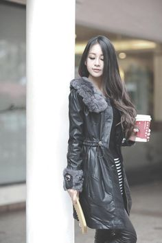 coffee on the go.... http://www.dresslily.com/solid-color-beam-waist-chic-fastener-coat-product267945.html