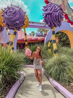 There's no shortage of photo ops at Universal Orlando Resort! The theme parks, the resorts, and Universal's CityWalk all have countless opportunities to get that perfect shot for the … Universal Orlando, Universal Studios, Disney Vacations, Disney Trips, Family Vacations, Cruise Vacation, Vacation Destinations, Family Travel, Mexico Vacation