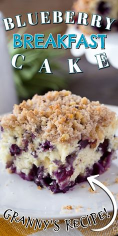 Blueberry breakfast cake, coffee cake, whatever you want to call it, it's overflowing with blueberries and absolutely delicious. #blueberrycake #blueberrycoffeecake #blueberrybuckle #blueberrydessert #blueberries #coffeecake #coffeecakerecipes #breakfastcake #recipesforblueberries Blueberry Desserts, Blueberry Breakfast, Homemade Breakfast, Best Breakfast Recipes, Breakfast Ideas, Potluck Desserts, Potluck Recipes, Delicious Desserts, Dessert Recipes