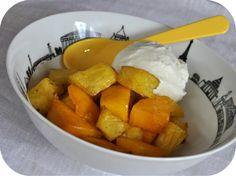Ananas et mangue rôtie à la vanille, glace à la noix de coco by Pascale Weeks