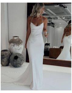 Simple Elegant Wedding Dress, Plain Wedding Dress, Lace Mermaid Wedding Dress, Mermaid Dresses, White Wedding Dresses, Mermaid Wedding Dresses, Wedding Dress Trumpet, Popular Wedding Dresses, Timeless Wedding Dresses