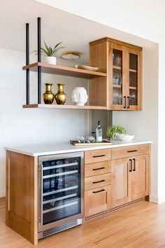 A Mid-Century Home for Non-Mid-Century Lovers Home Decor Kitchen, Kitchen Living, Home Kitchens, Mid Century Modern Kitchen, Mid Century Kitchens, Coffee Bar Home, Modern Basement, Home Bar Designs, Mid Century Shelves