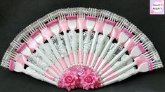 DIY Wall Hanging with recycle Plastic fork /How To Make a Plastic Fork Fan Fork Crafts, Plastic Spoon Crafts, Plastic Silverware, Plastic Spoons, Crafts To Make, Recycling, Diy Fan, Wall Fans, Cool Diy Projects