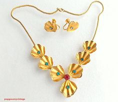 Vintage Bugbee & Niles Necklace and Earrings by popgoesmyvintage