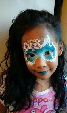 Simple face painting designs are not hard. Many people think that in order to have a great face painting creation, they have to use complex designs, rather then Face Painting Flowers, Face Painting Tips, Girl Face Painting, Face Painting Tutorials, Face Painting Designs, Face Paintings, Tole Painting, Mask Face Paint, Face Paint Makeup
