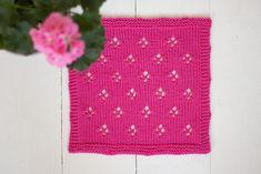 Neulotut tiskirätit – kolme ohjetta - Pariton rasa Crochet Top, Tops, Women, Fashion, Moda, Women's, La Mode, Shell Tops, Fasion