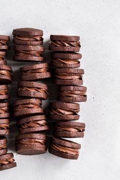 Chocolate Hazelnut Sandwich Cookies - Browned Butter Blondie